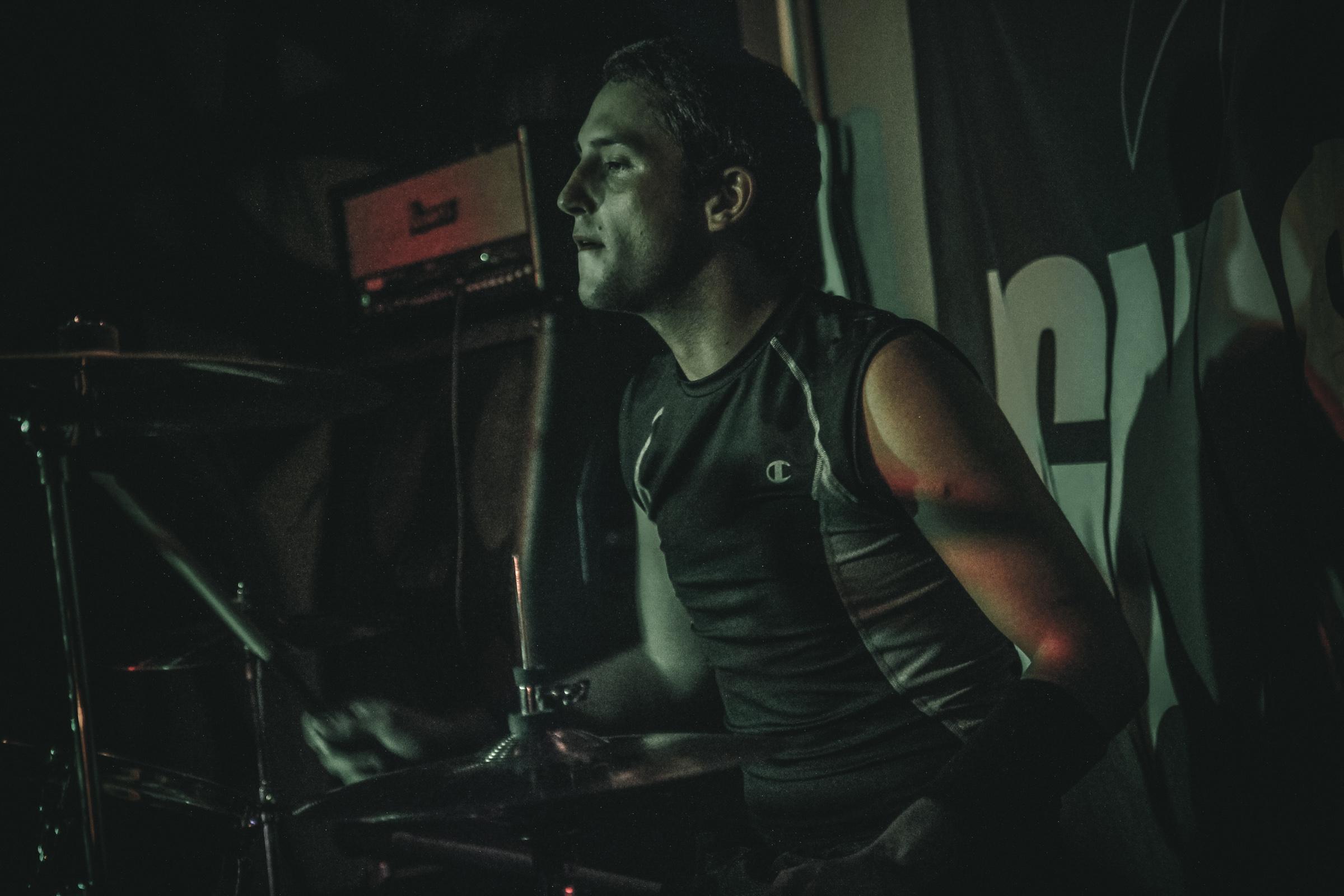 Ignismei Drummer - Damon Harker