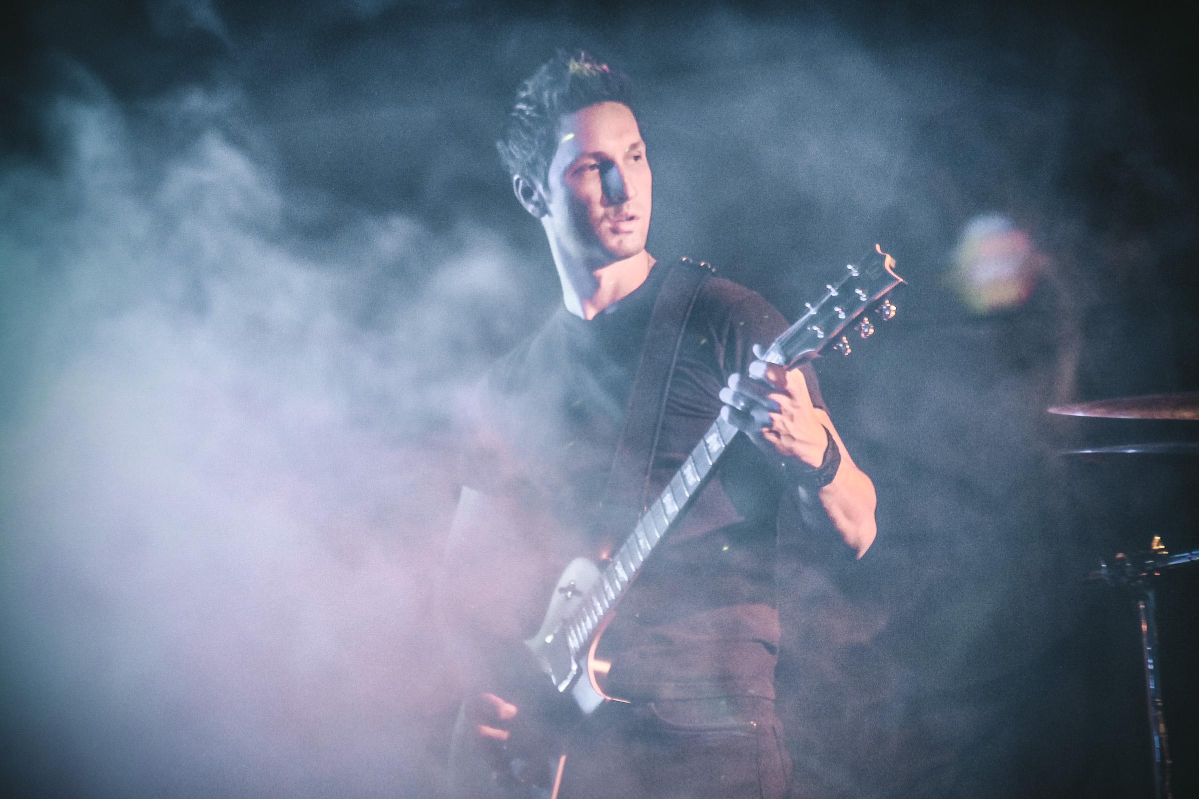 Ignismei Guitarist - Fabio